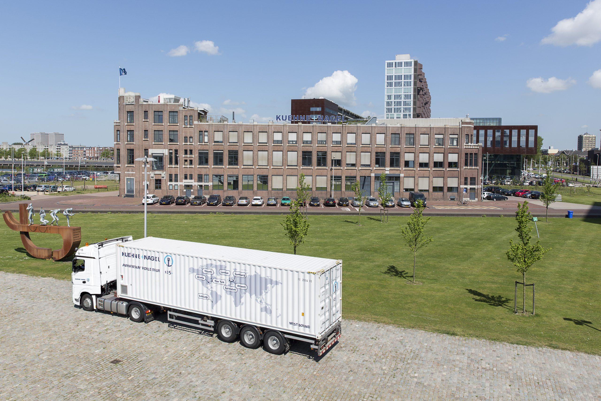 Kühne + Nagel tritt als erstes Logistikunternehmen der Allianz für Entwicklung und Klima bei